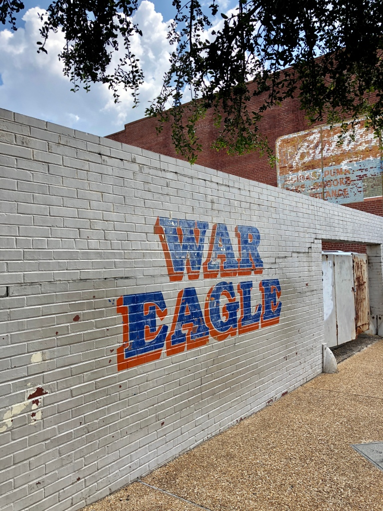 war-eagle-wall